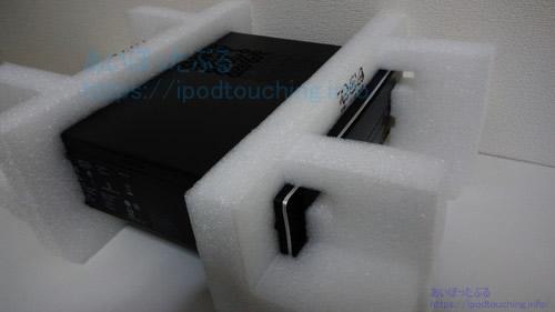 Dell Inspiron 3268 18Q33本体とクッション
